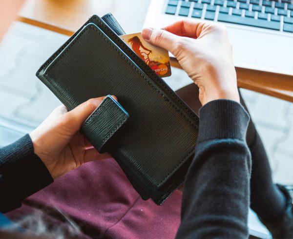 αύξηση online πωλήσεων